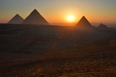 We love a good sunrise on this shoot #Aten #Giza #pyramids #Egypt