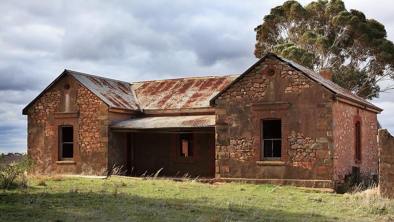 The farmhouse on the hill