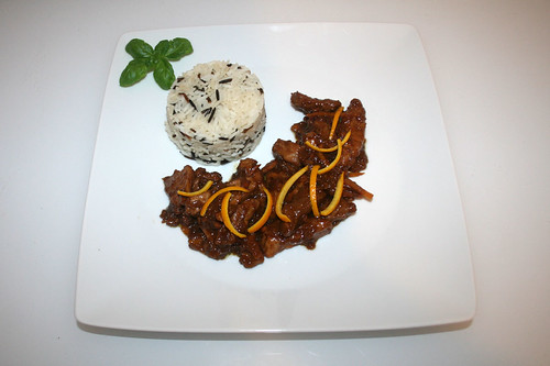 41 - Pork filet in orange peanut sauce - Served / Schweinefilet in Orangen-Erdnuss-Sauce - Serviert