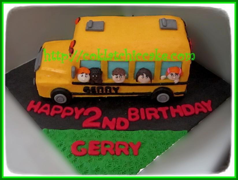 Cake Bus Sekolah