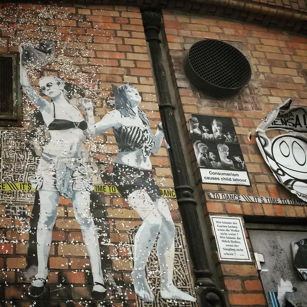 Street art by SOBR in Berlin