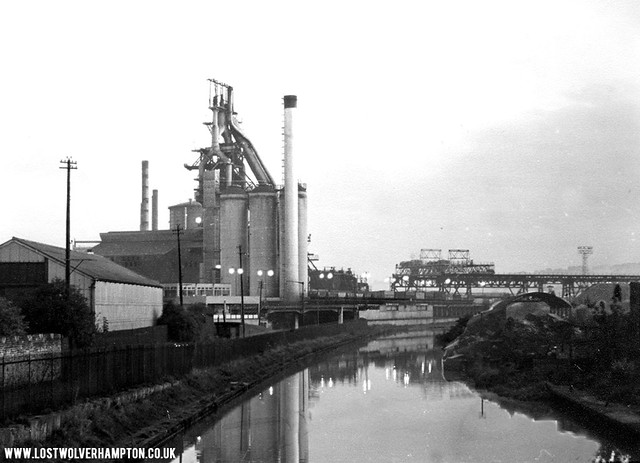 Elisabeth stands proud on the sde of The Birmingham canal in 1965