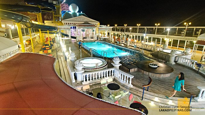 Star Cruises Superstar Virgo Cruise Roof Deck