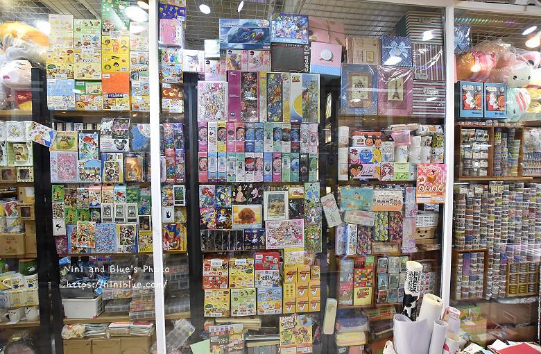 香港西九龍中心逛街商場09