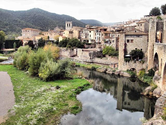 205 Medievil Town Besalu Spain