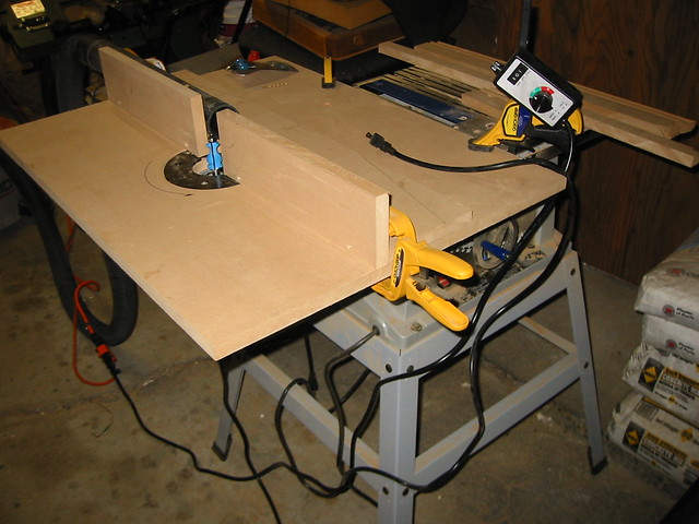 Diy router table a photo on flickriver for Diy portable router table