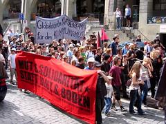 Mut & solidarität statt blut & boden