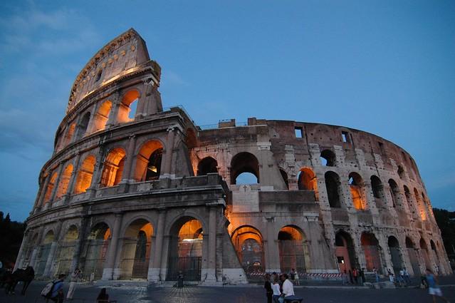 Colosseo al Crepuscolo