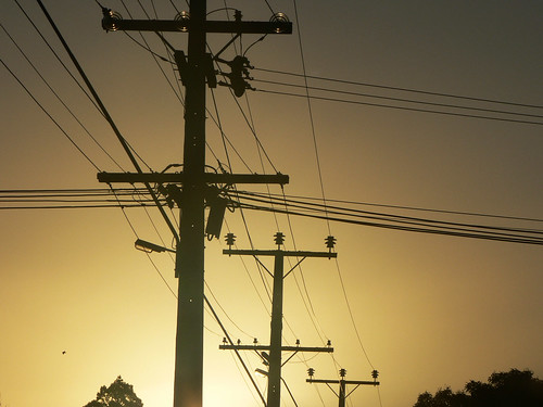 sunset sky power powerlines poles curiouskiwi brendaanderson curiouskiwi:posted=2006