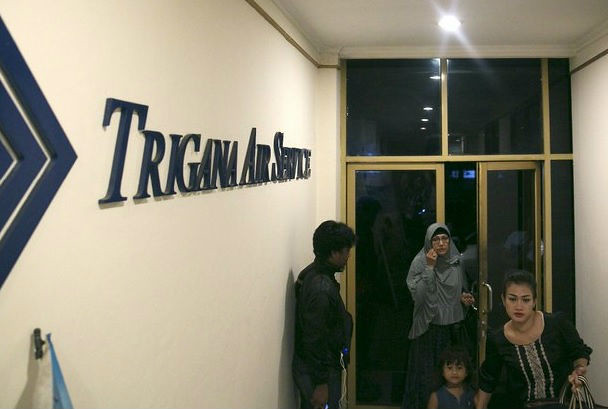 Avión siniestrado en Indonesia traía 468 mil dólares en efectivo