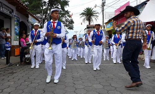 P104046Dia de la Independencia en Panajachel0 (1000x563)