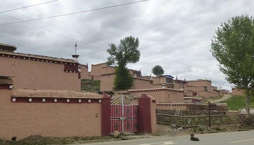 CH-Litang-Tiranniba village nouveau (19)