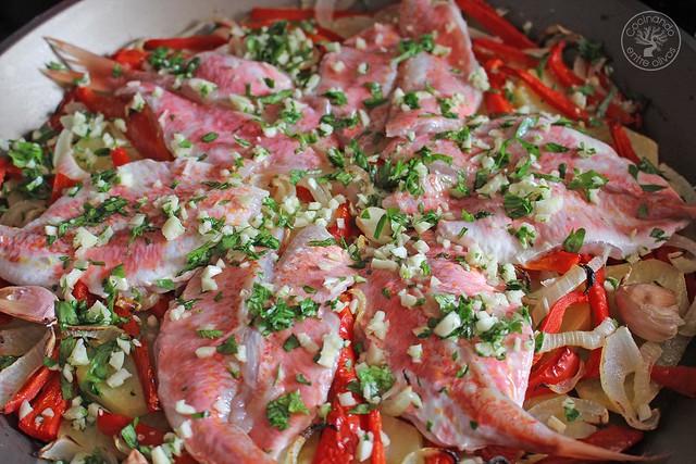 Salmonetes al horno www.cocinandoentreolivos.com (12)