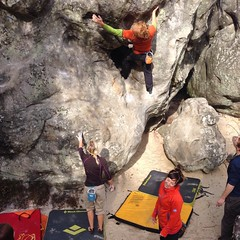 In Fountainebleau, bouldering like we should. This place is amazing!