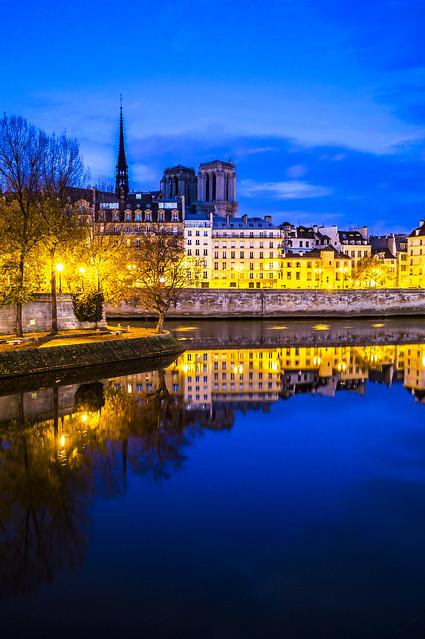 Paris, Notre-Dame, Blue Hour