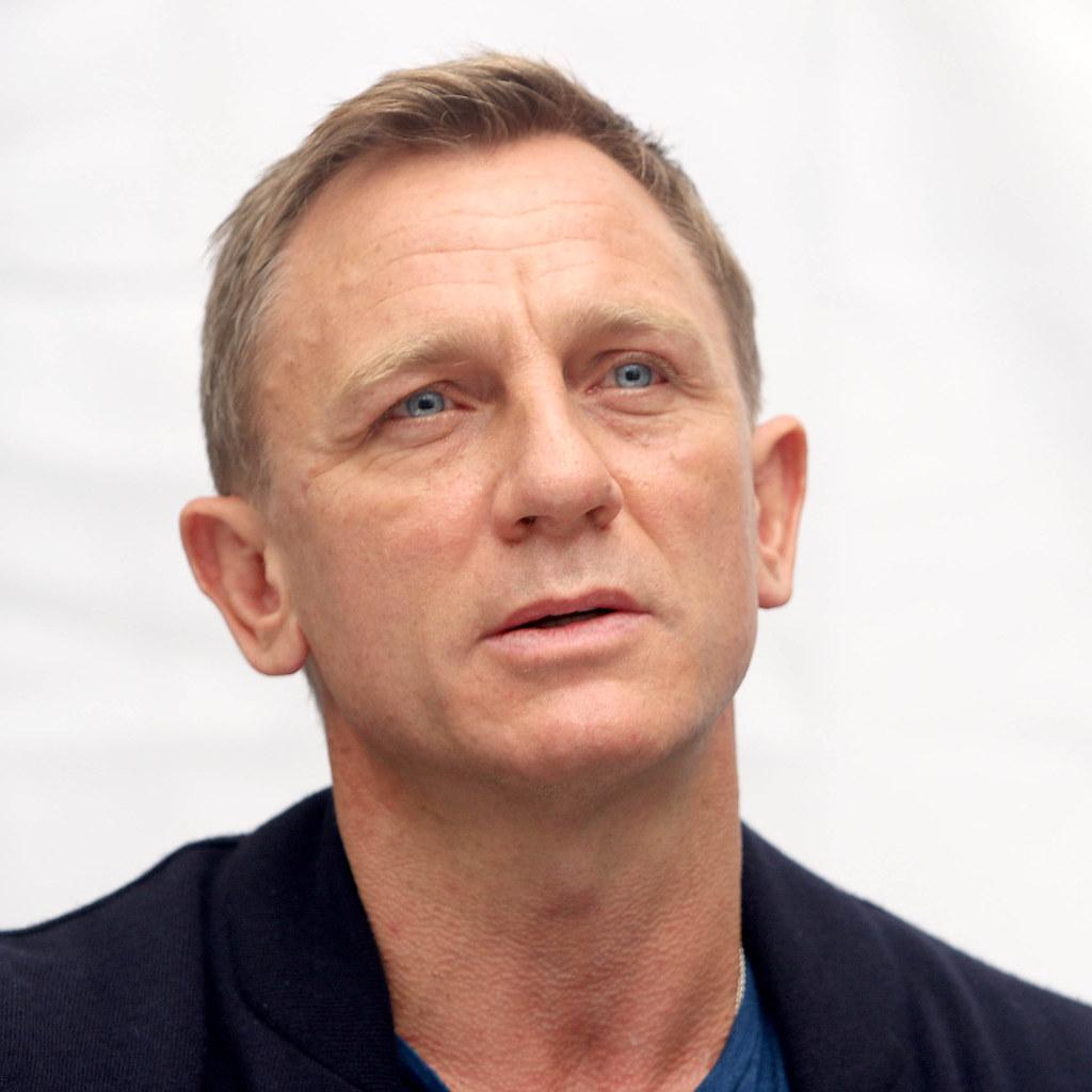 Дэниел Крэйг — Пресс-конференция «007: СПЕКТР» 2015 – 18