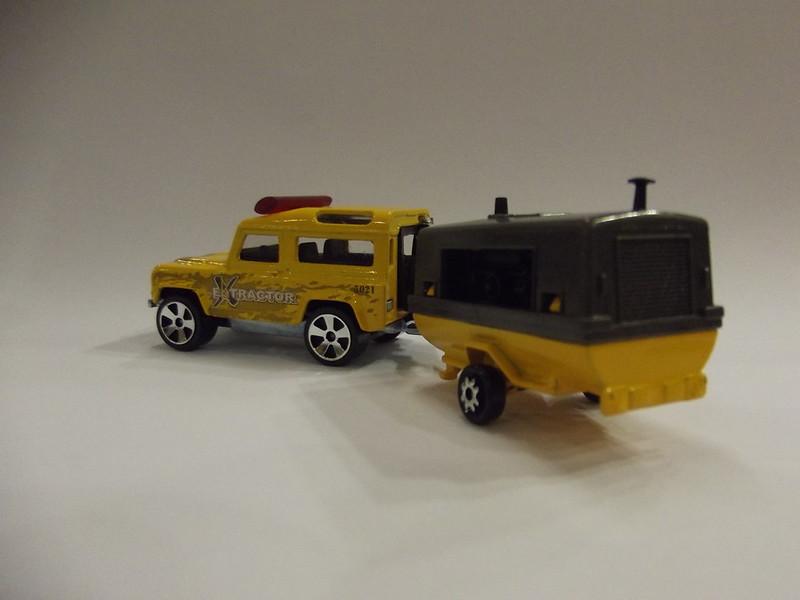 N°382 Land Rover + Compresseur 22508497852_6d54315b1b_c