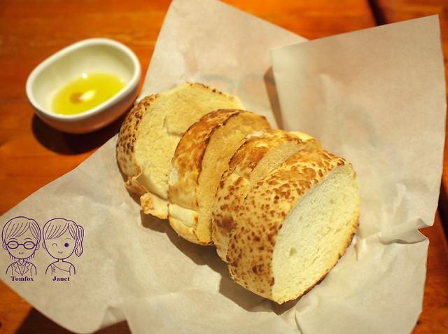 9 還我牛 餐前麵包