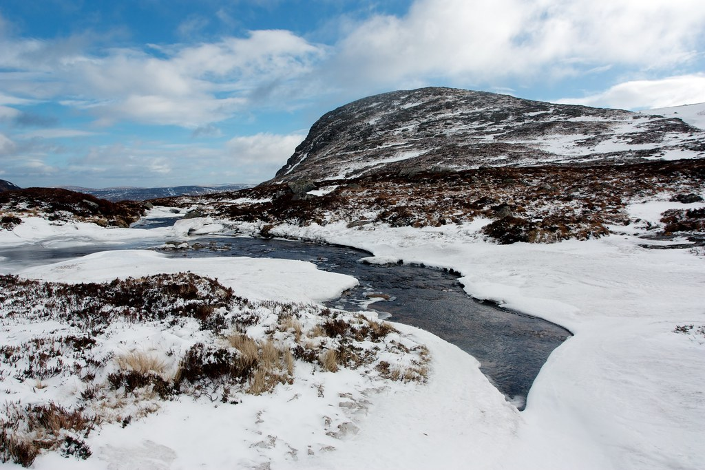 Above the Dubh Loch