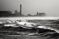 Surfing in the rogh sea - Tel-Aviv beach 作者 Lior. L