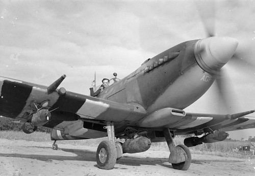Supermarine Spitfire Mk IXE