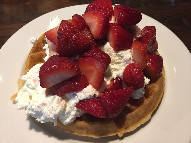 Strawberry Belgian waffle - Northside Cafe
