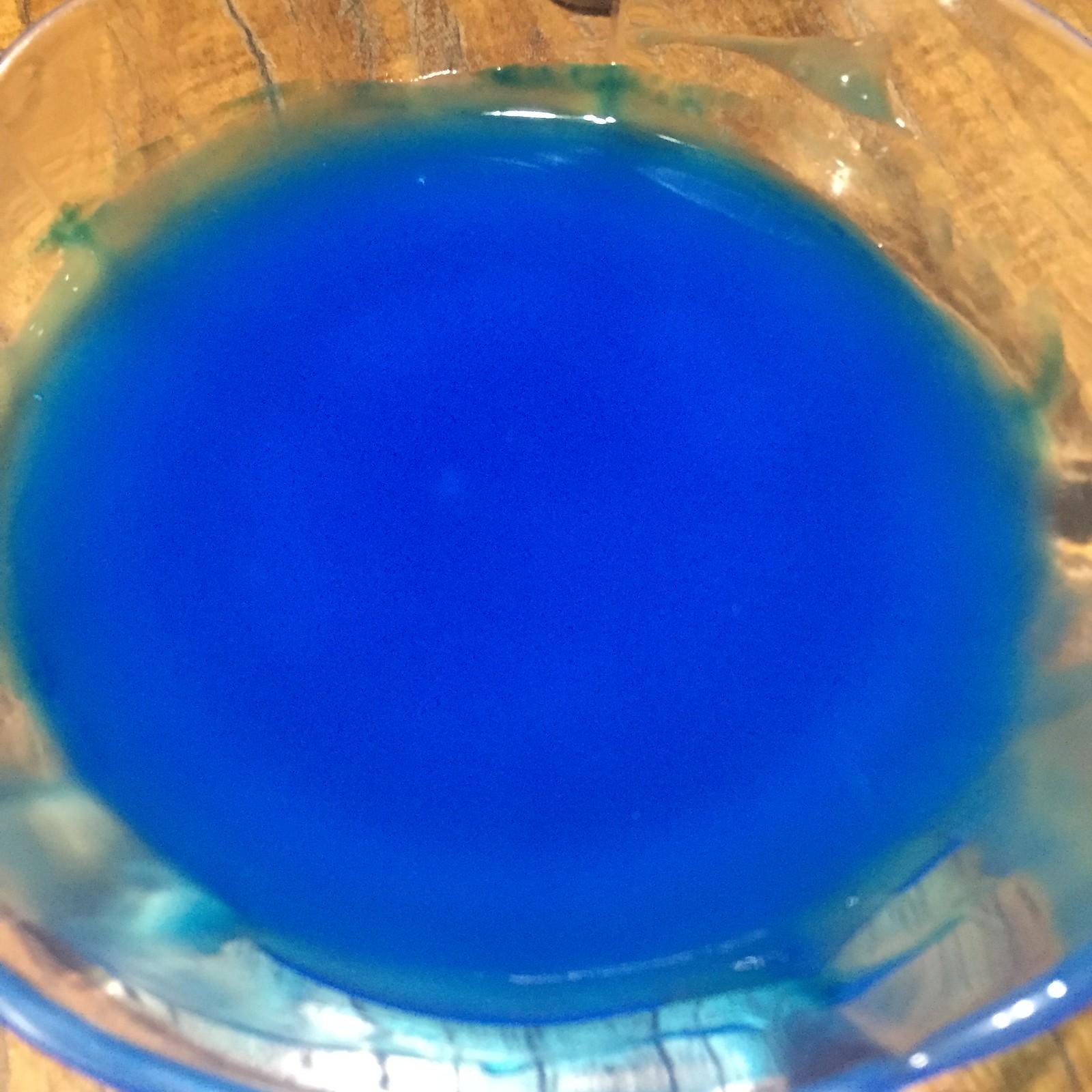 02 Blue Paint