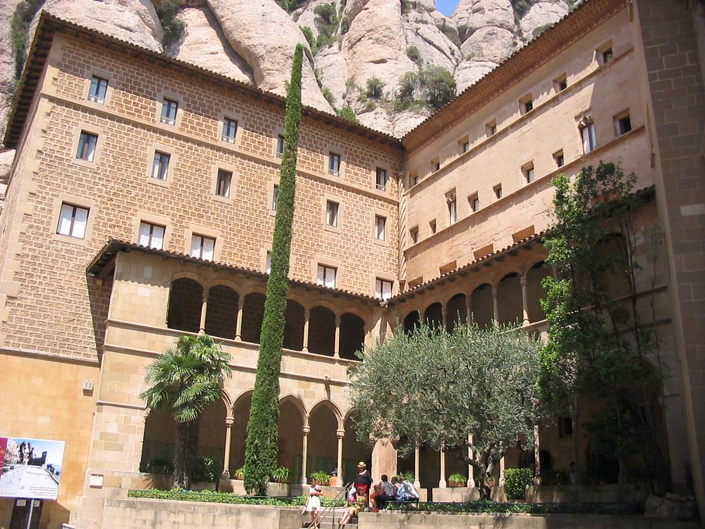 Monestir_de_Montserrat_2006_-_02