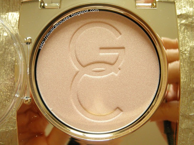 Gerard Cosmetics Star Powder Audrey Closeup