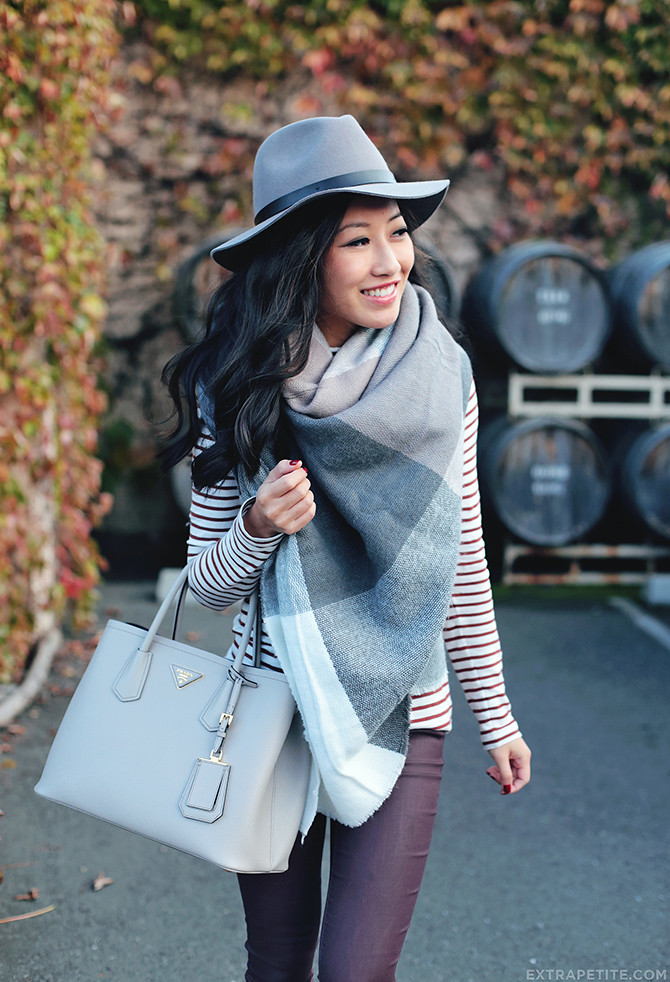 napa valley fall outfit_scarf hat prada saffiano cuir