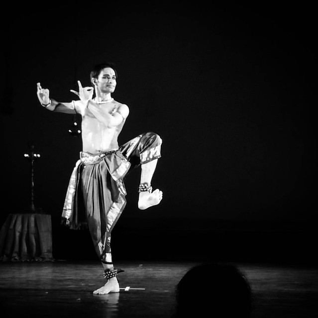#Krishna controls the wrath of the many headed snake #Kalia with his feet. Adithya PV is a student of the dancer duo Shri.Kiran Subramanyam and Smt. Sandhya Kiran. The performance received standing ovation from the audience today at #SevaSadan, #Malleshwa