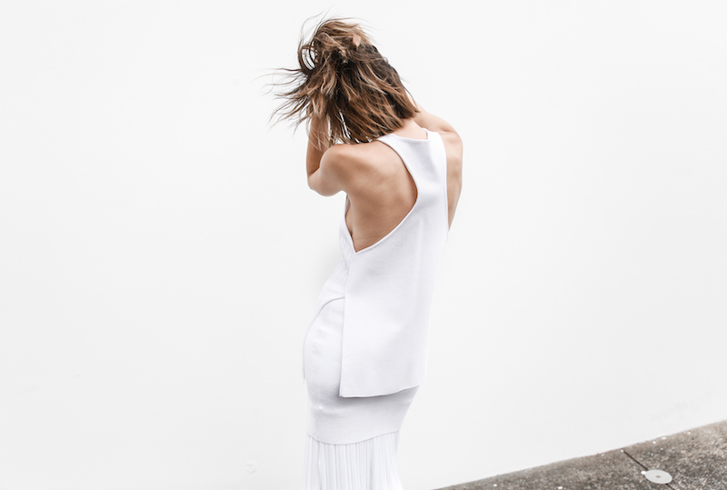 all white street style resort summer josh goot weekend inspo modern legacy (6 of 7)