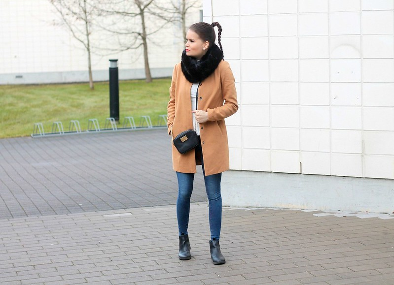 camel coat blogs