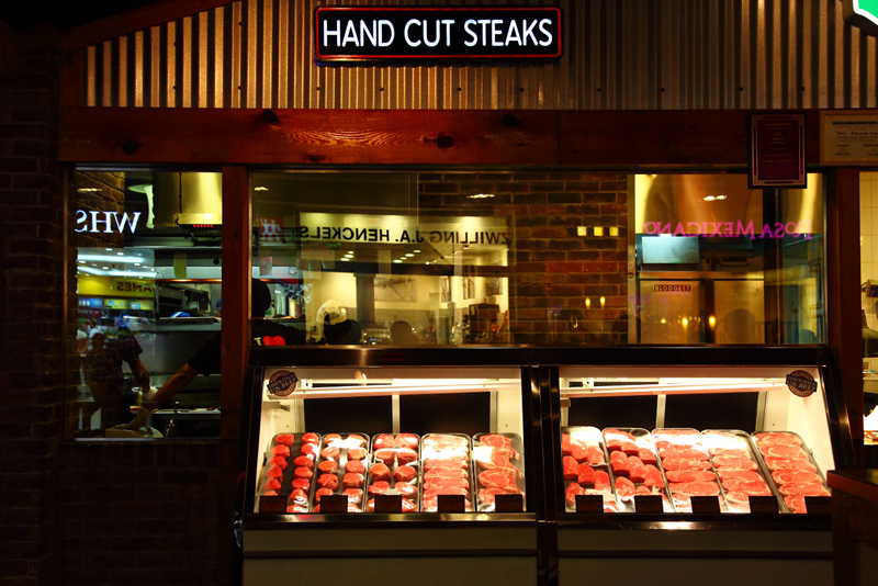 Texas-Roadhouse-Hand-Cut-Steaks