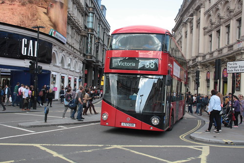Arriva London North LT228 LTZ1228