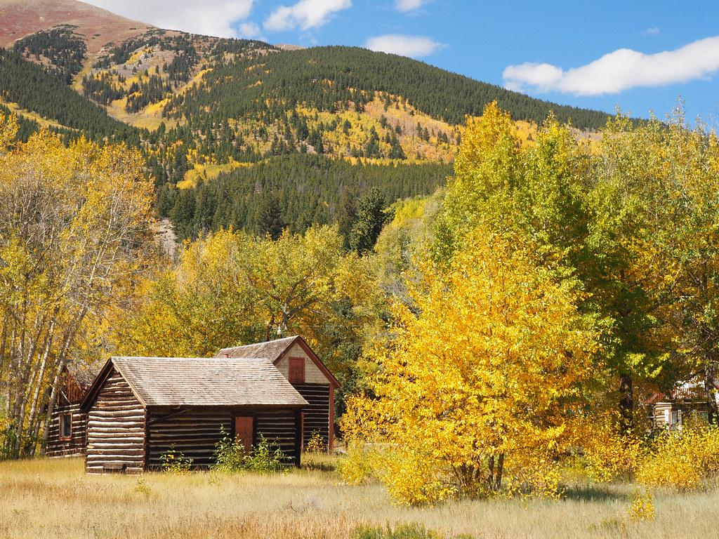 Twin Lakes Colorado Hotels