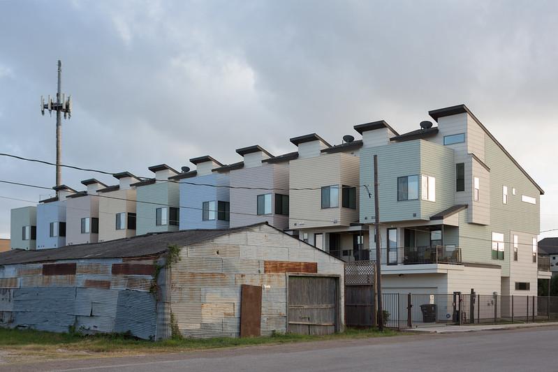 Residential Juxtaposition, Third Ward