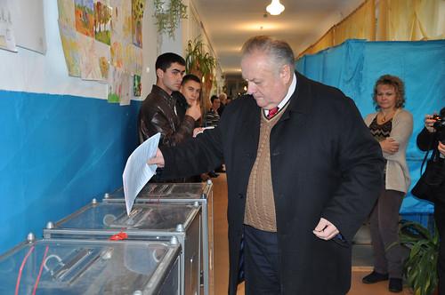 Як голосували кандидати наміського голову