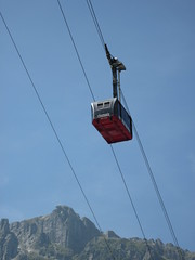 Teleférico a la Aiguille du Midi, Chamonix, Francia