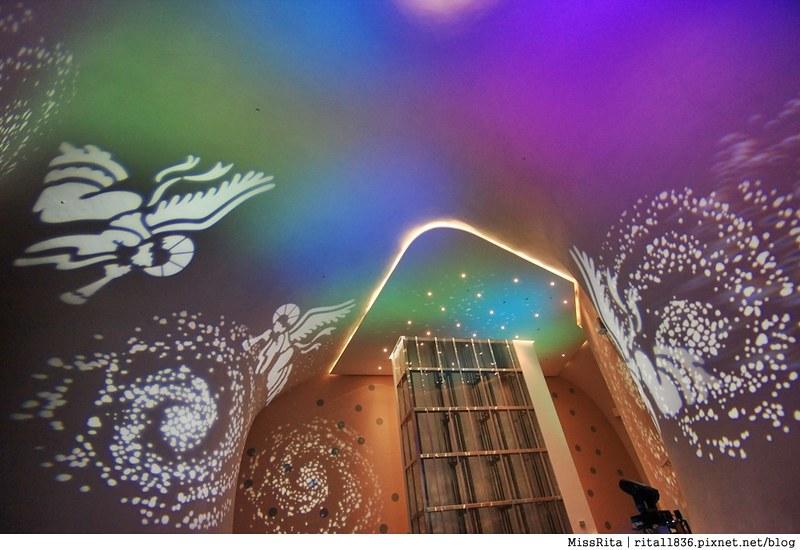 台中歌劇院光雕 台中耶誕 台中聖誕活動 臺中國家歌劇院 臺中國家歌劇院聖誕 聖誕燈光秀 歌劇院聖誕燈光16