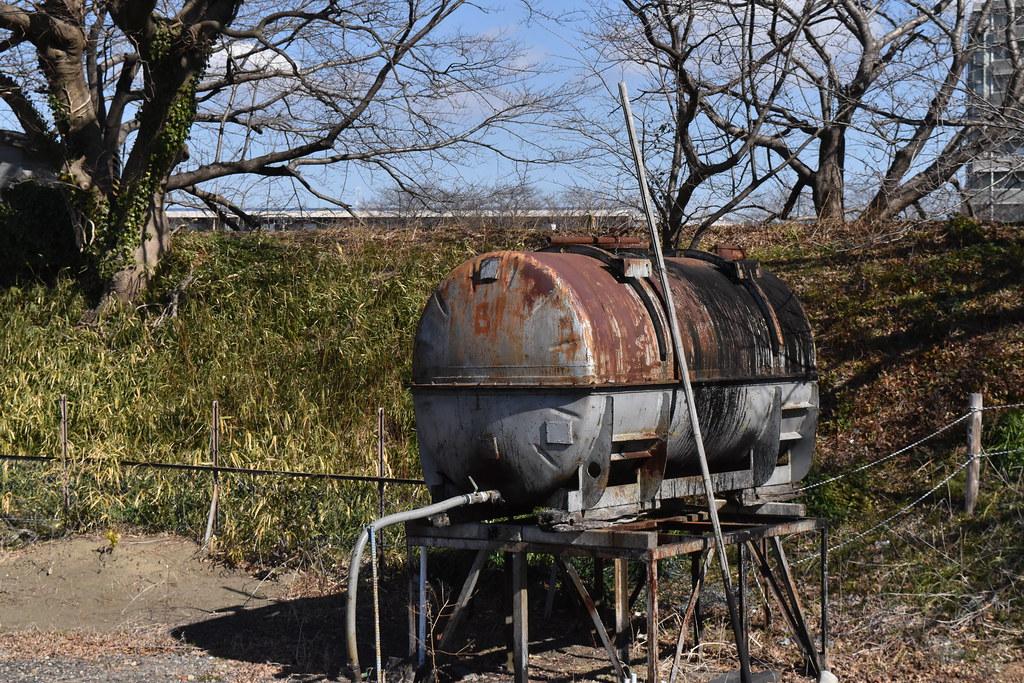 古びたタンク