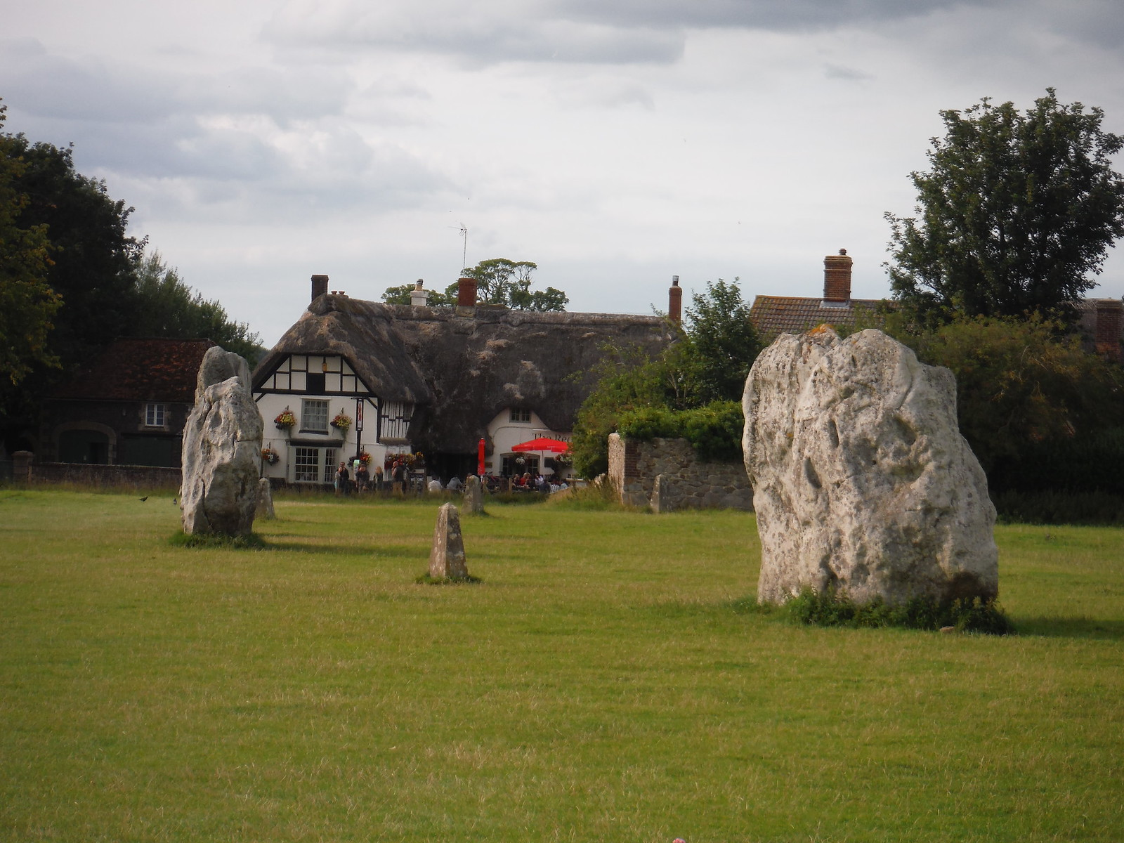 Avebury Standing Stones, and The Red Lion Pub SWC Walk 255 Pewsey or Marlborough Circular via Avebury