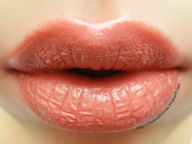 Jane Iredale PlayOn Lip Crayon Yummy