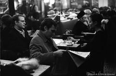 """Restaurant """"La Crêpe Bretonne"""". - 7 février 1968. Photo par M. Leclerc . VM94-A0496-008. Archives de la Ville de Montréal."""