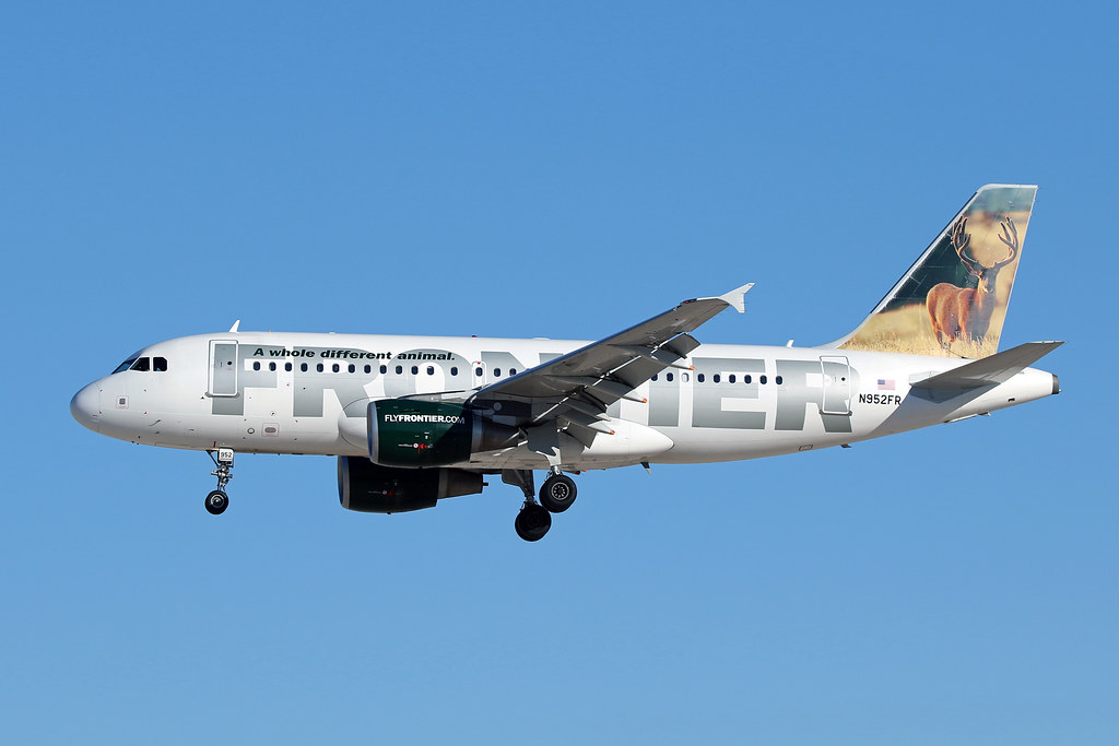 Frontier Airlines   A319-112   N952FR