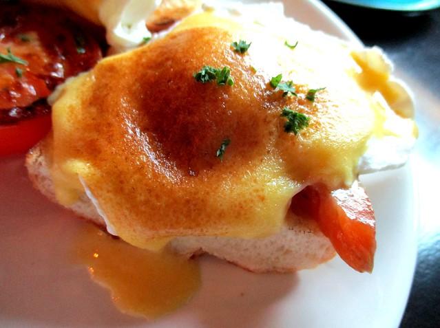 N2 Egg Benedict egg