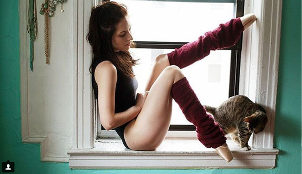 girls-and-their-cats