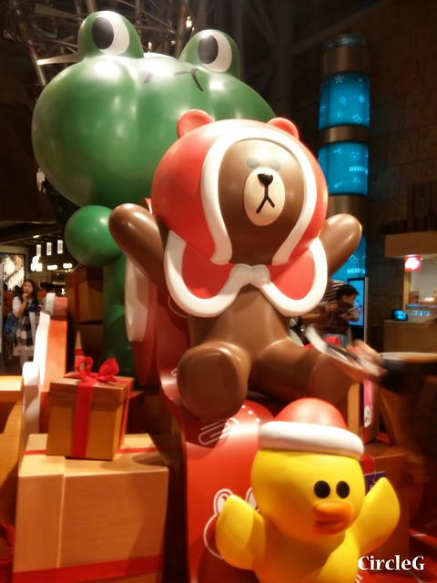 CIRCLEG 徵圖 世界各地聖誕裝飾 2015 香港 旺角 朗豪坊 LINE 熊大 兔兔 莎莉 BROWN CONY SALLY (2)
