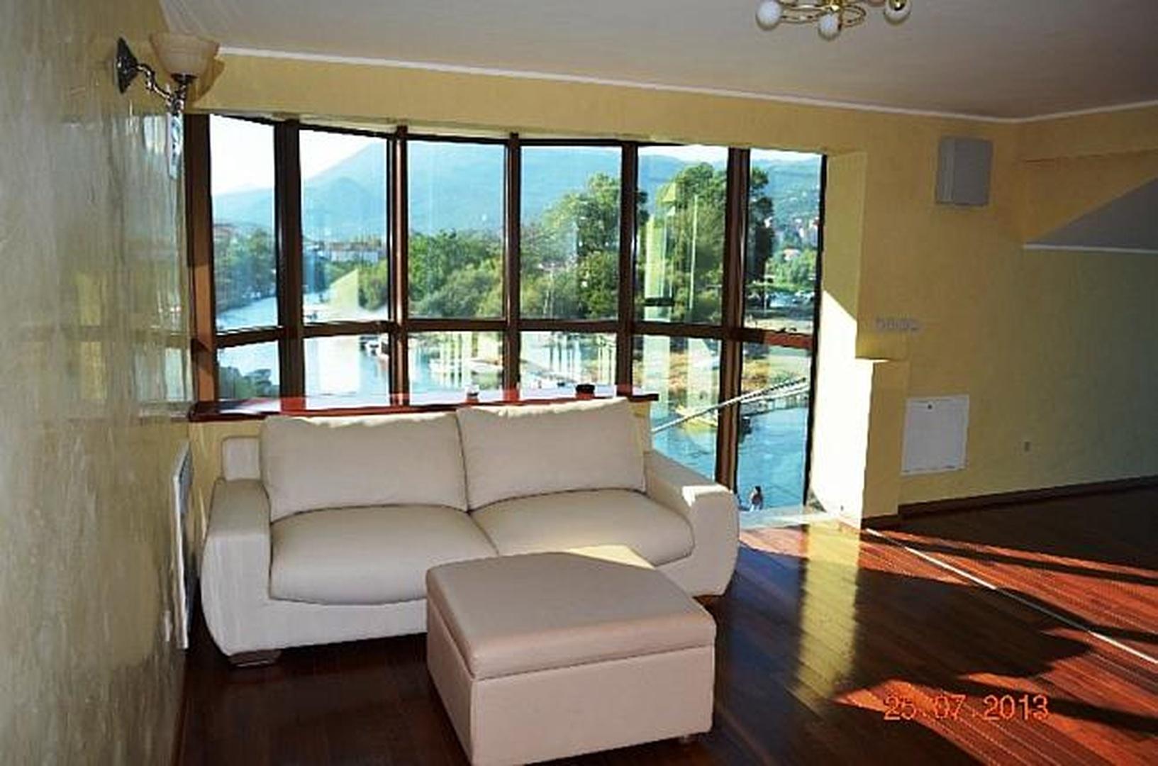 real estate, property sale - 4305