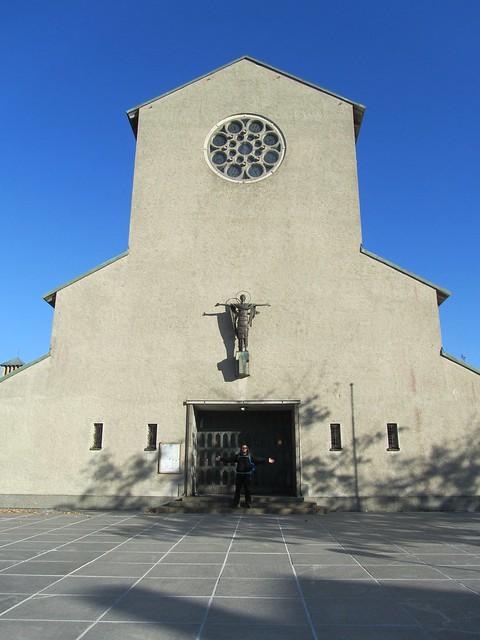 Catedral de Bodo. Es muy fea.
